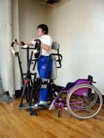 車いす操作訓練(階段昇降)